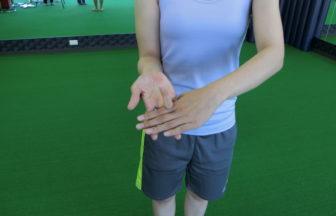 高校・大学・プロ野球/薬指の第2関節をしっかり曲げられるか